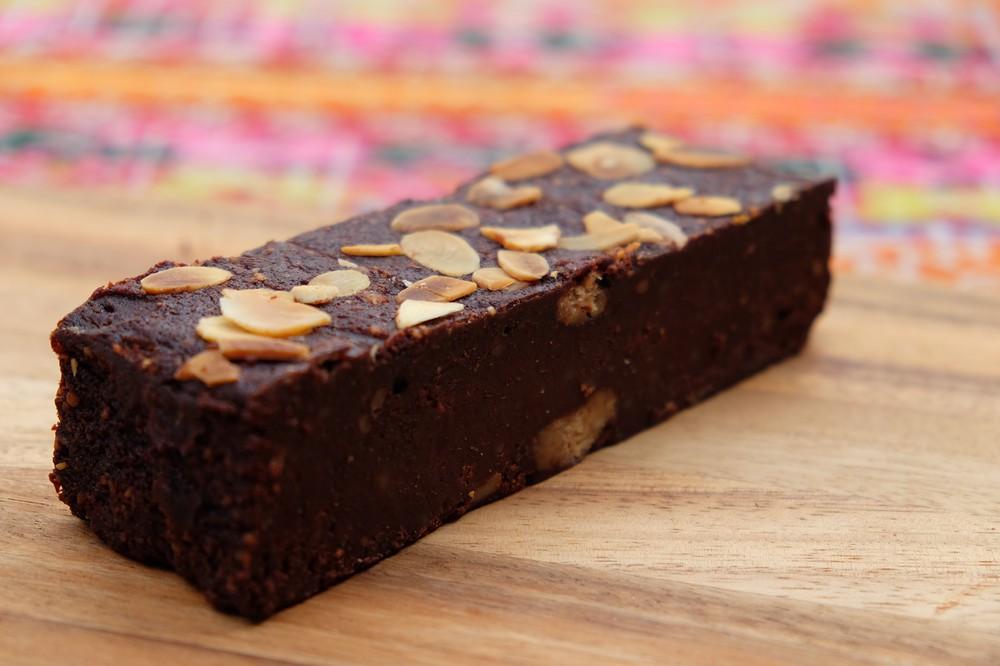 Barra de brownie almendras (sin trigo) Barra 5x15cms. 250 grs.
