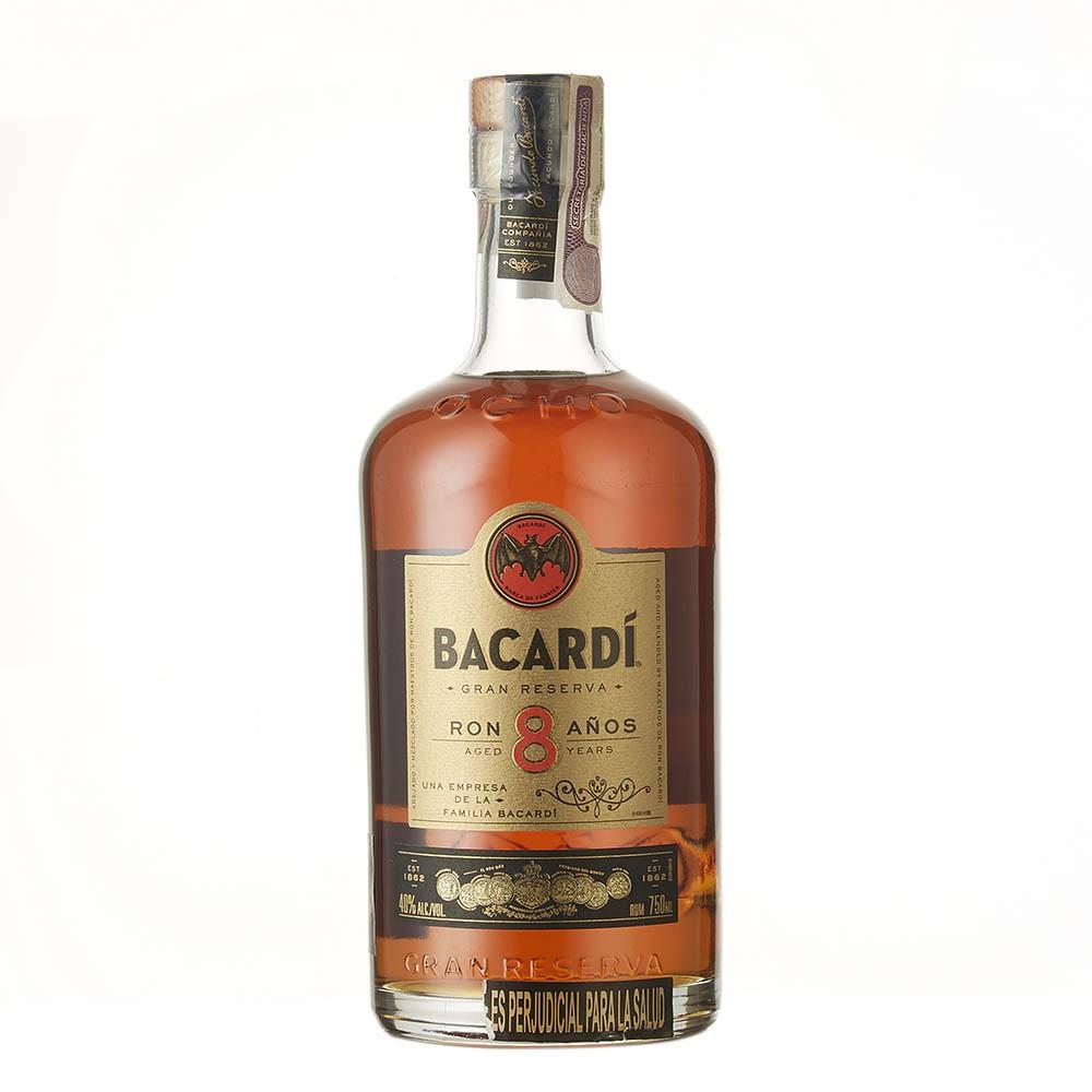 Ron Bacardi gran reserva 8 años botella