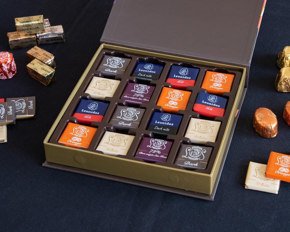 Caja napolitains 32 32 unidades de chocolates