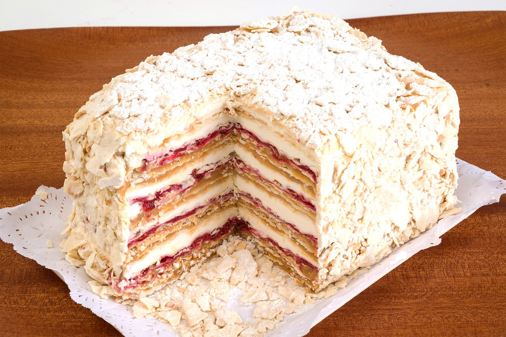 Torta milhojas frambuesa pequeña 12 personas
