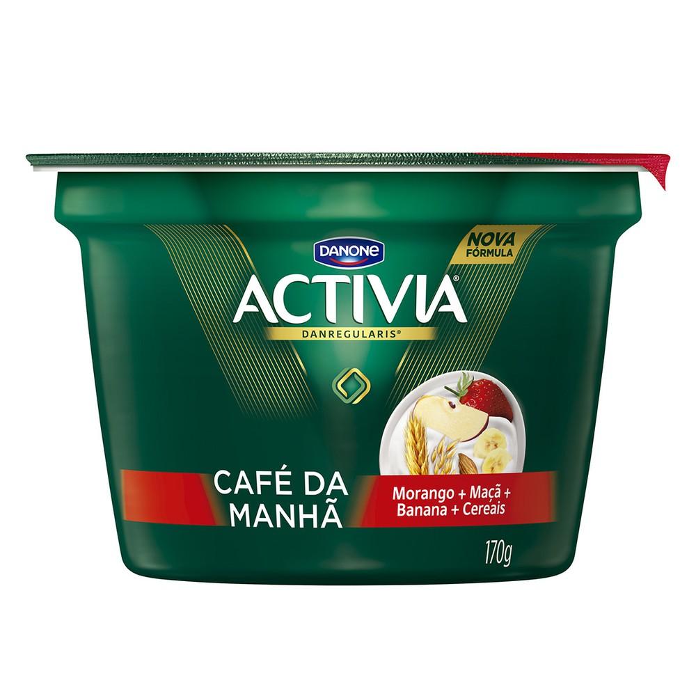 Iogurte integral morango, banana e maçã com cereal
