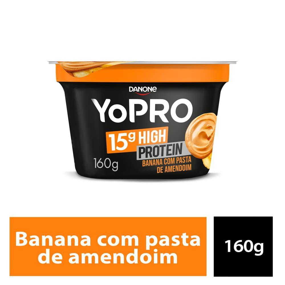 Iogurte de banana com pasta de amendoim YoPRO