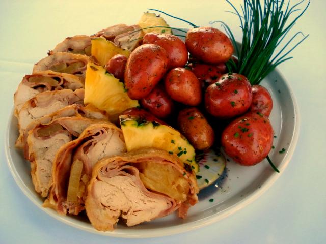 Pollo relleno familiar jamón piña 6-7 porciones