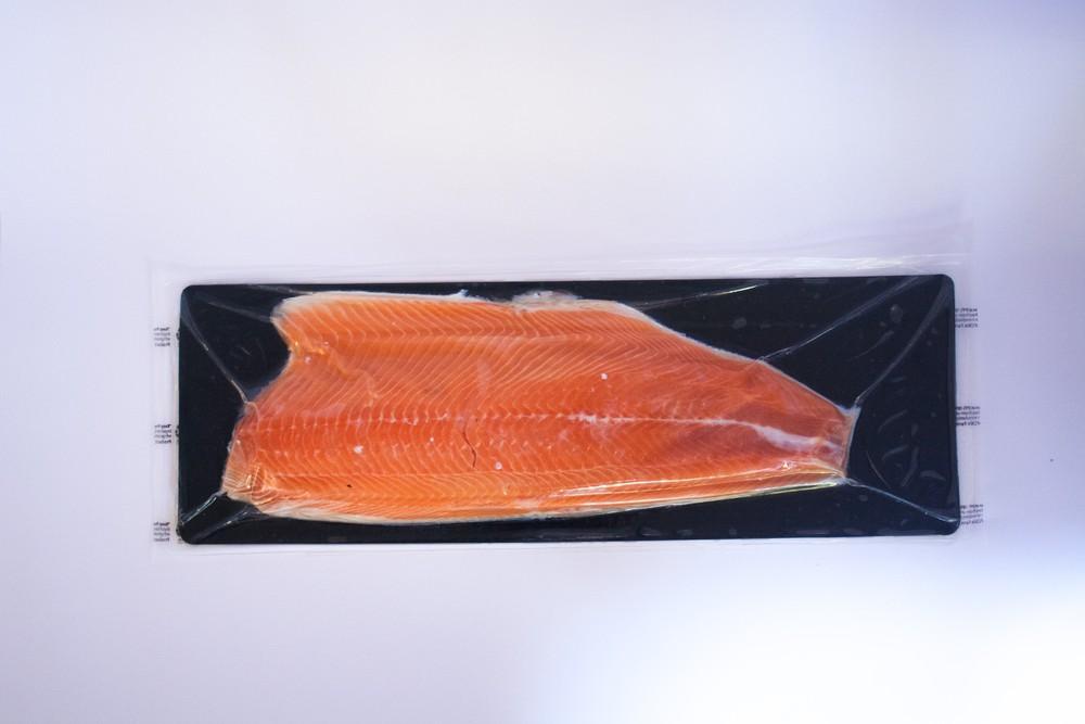 Filete de Salmón Con Piel (1,1-1,2 kg) Unid Sellada al Vacío
