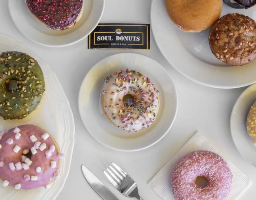 Surtido de 6 donuts según disponibilidad de stock en local (sin elección) 600 grs