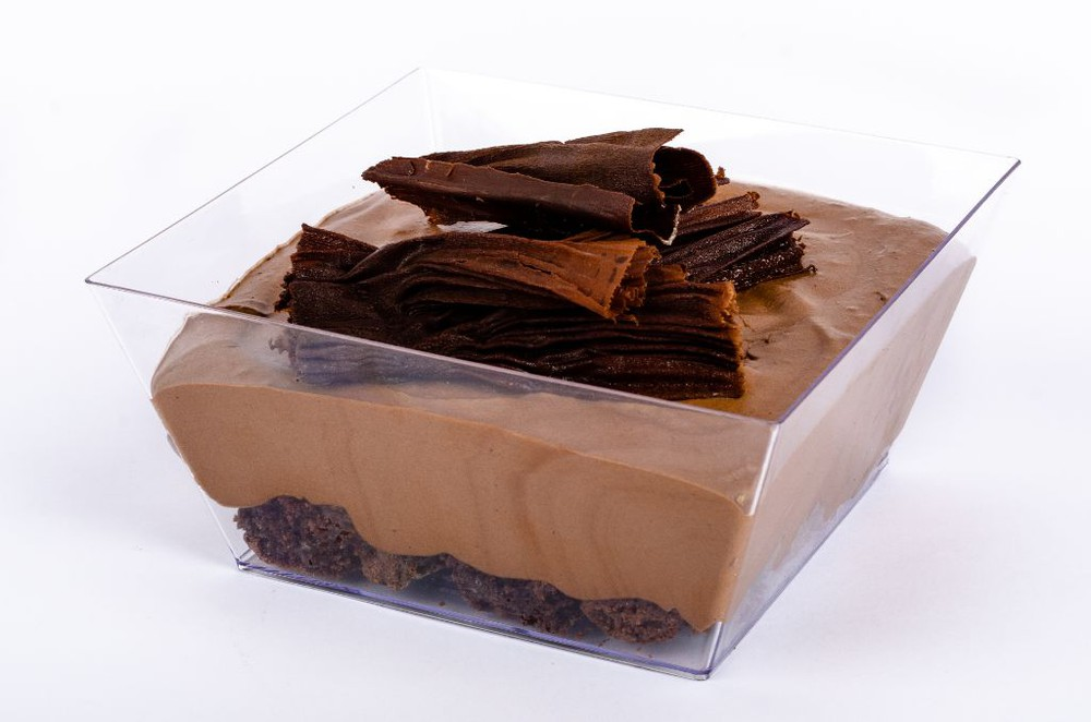 Mousse de chocolate bitter, brownie y manjar