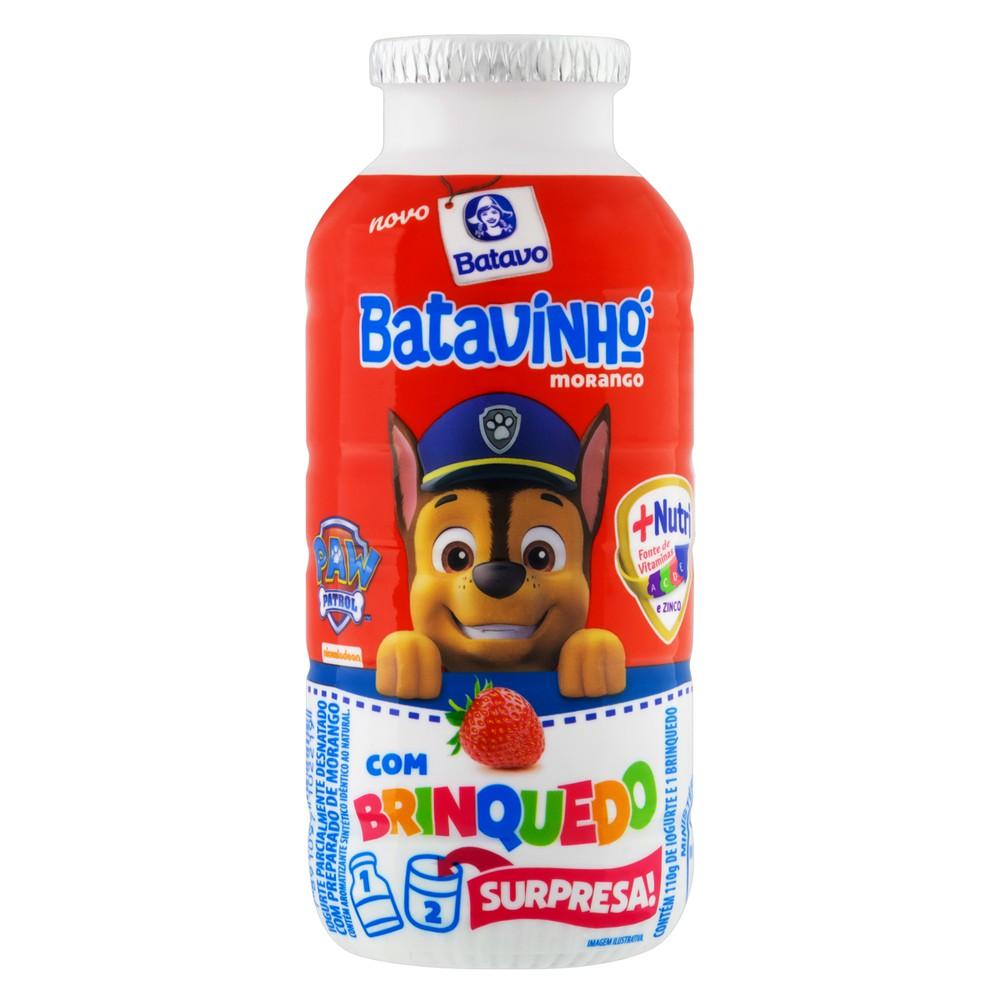 Iogurte de morango com brinquedo surpresa