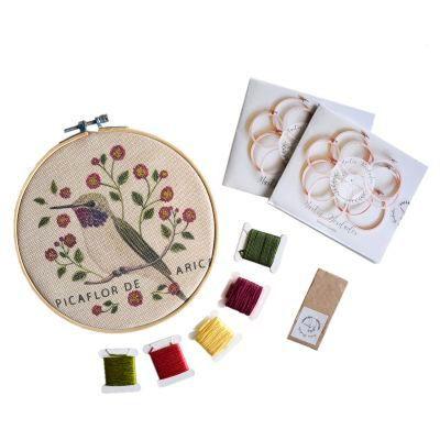 Mini kit para bordar picaflor de arica
