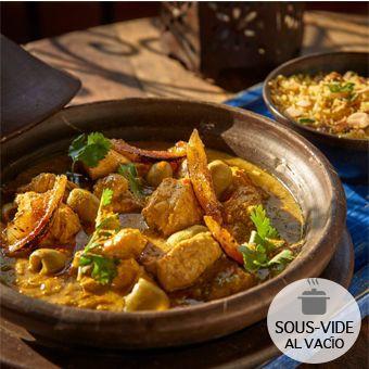 Tagine de pollo berbere 2 bolsas al vacío (calentar al baño maría): 300gr tagine de ave y 100gr couscous zanzibar.