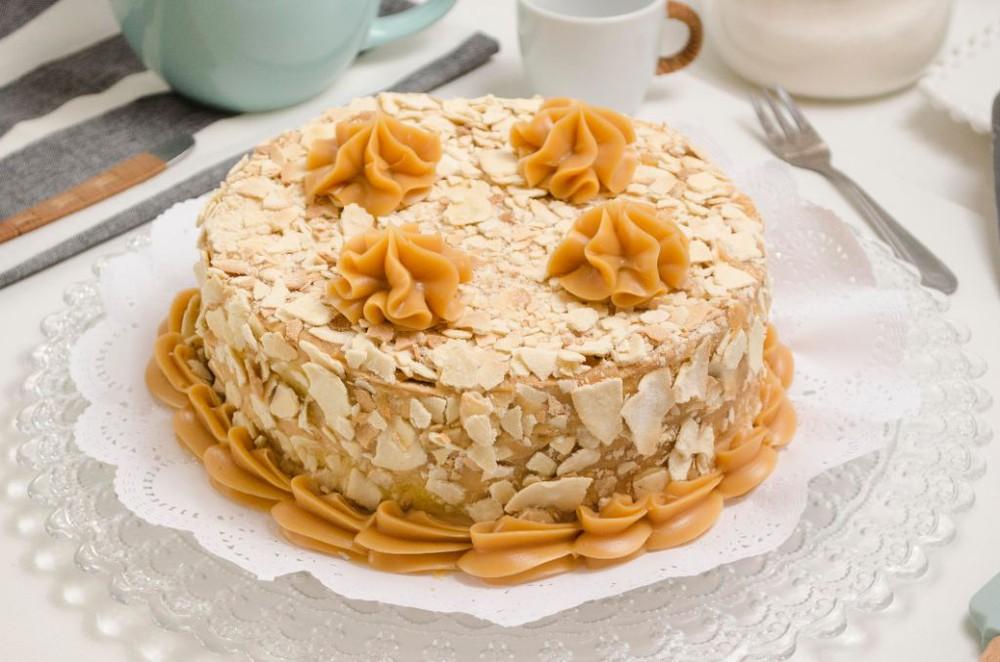 Torta hojarasca manjar pastelera 15 personas