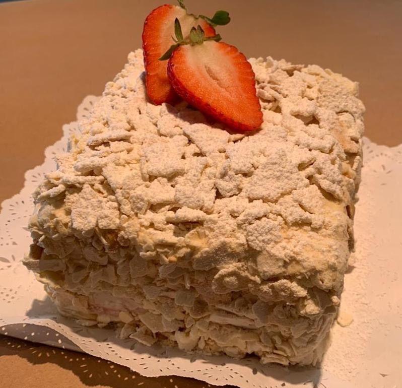 Mini torta milhojas frambuesa 6 personas aprox