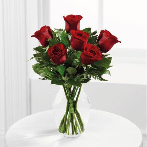 Florero con 6 rosas rojas 25 cms x 35 cms