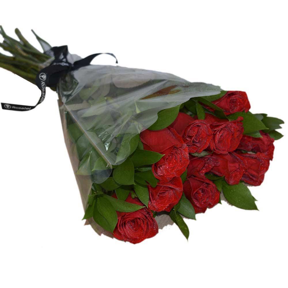 Ramo rosas y follaje 12 Rosas