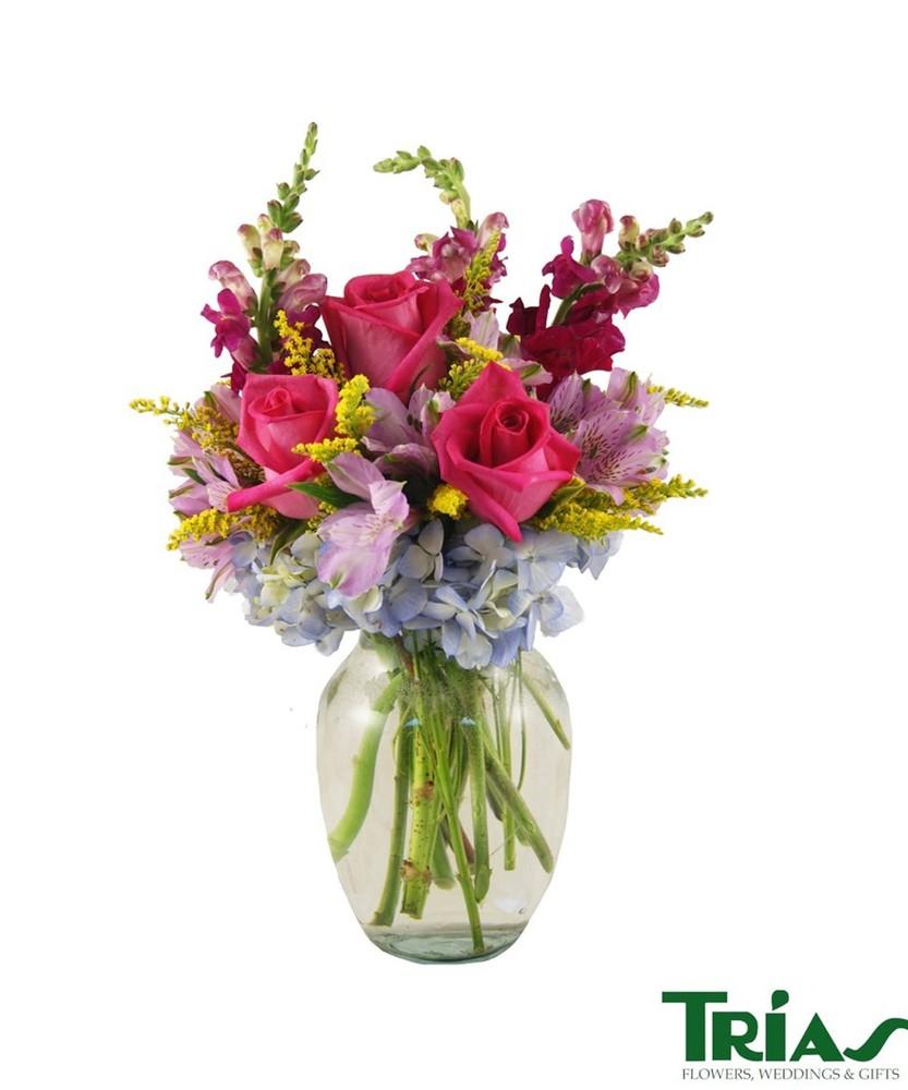 Delicate blooms Arrangement