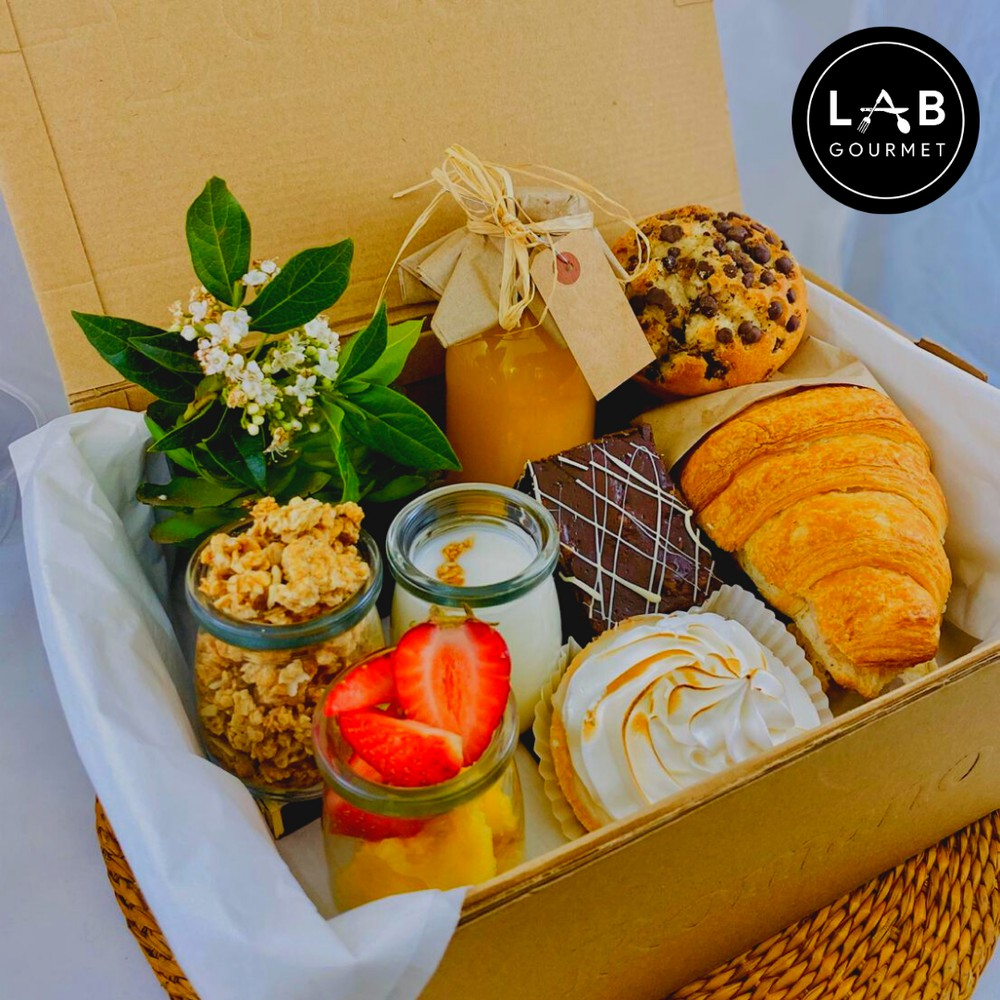Caja desayuno campeones + té + pie de limón 1 cajas