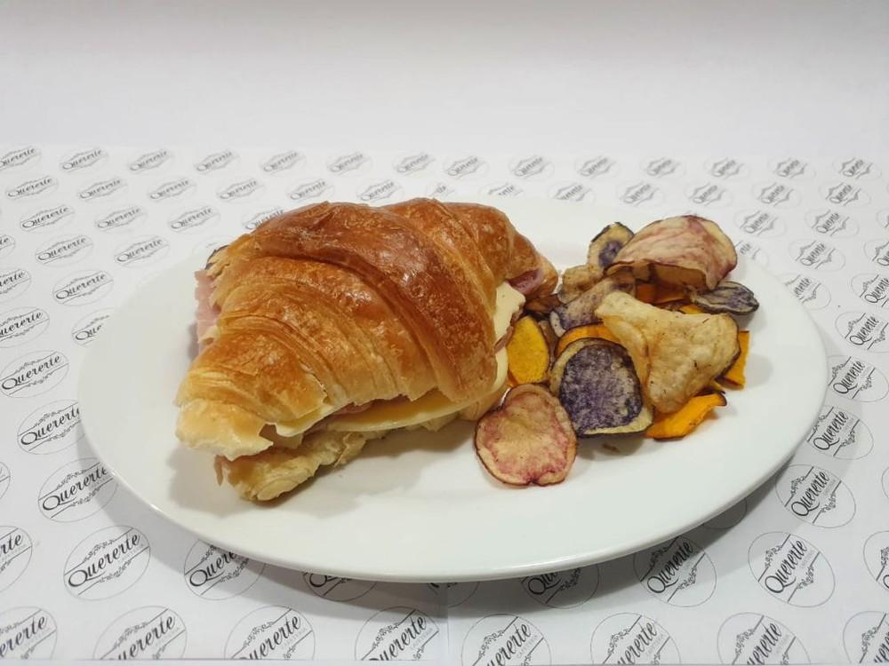Croissant Jamón Queso Porción individual