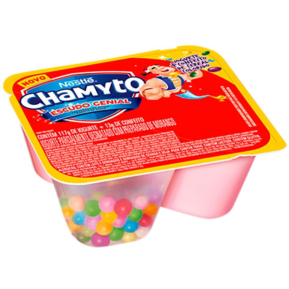 Iogurte morango confeitos coloridos Chamyto