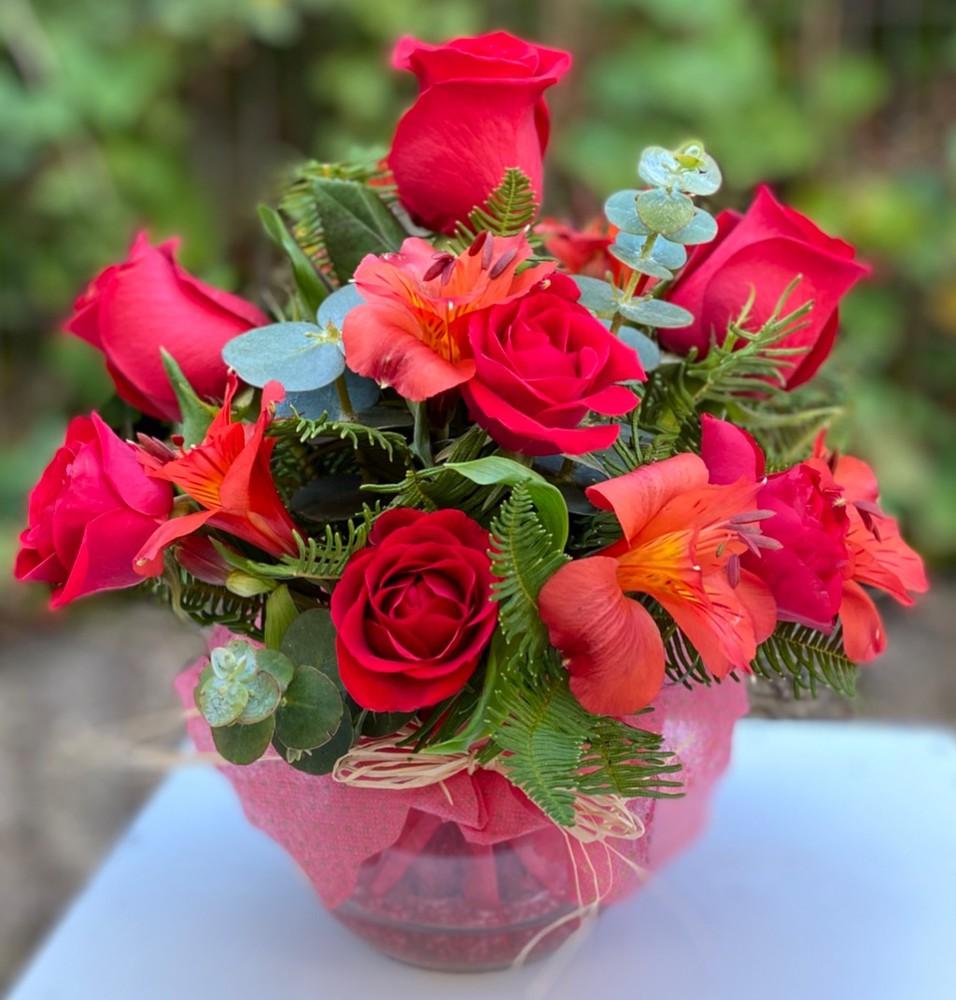 Bocado pasión 7 flores en florero de vidrio