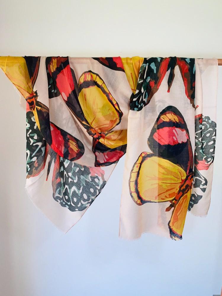 Pañuelo mariposa