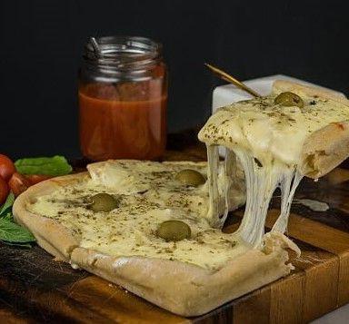 Pizza Fugazzetta Vegetariana Individual 20 x 20 cm - 450 gr. aprox