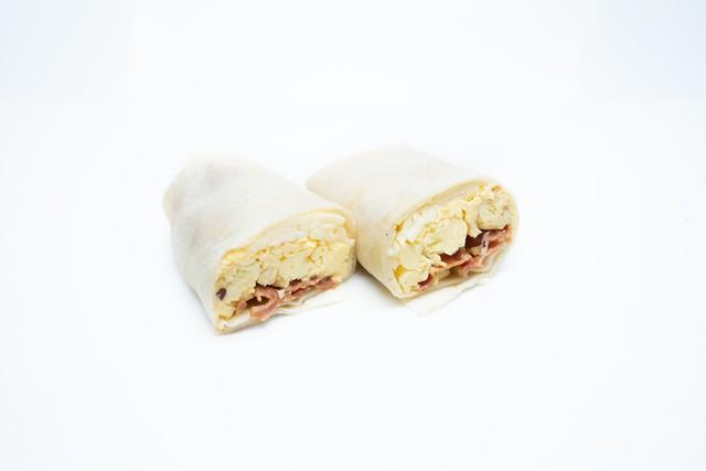 Bacon breakfast wrap