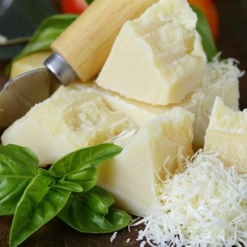 Parmigiano reggiano 1 Lb.