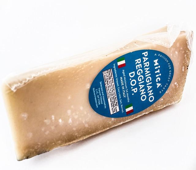 Wedge parmigiano reggiano 8 oz