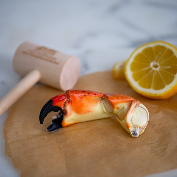 Medium stone crab claws - dinner for 12 18 lb