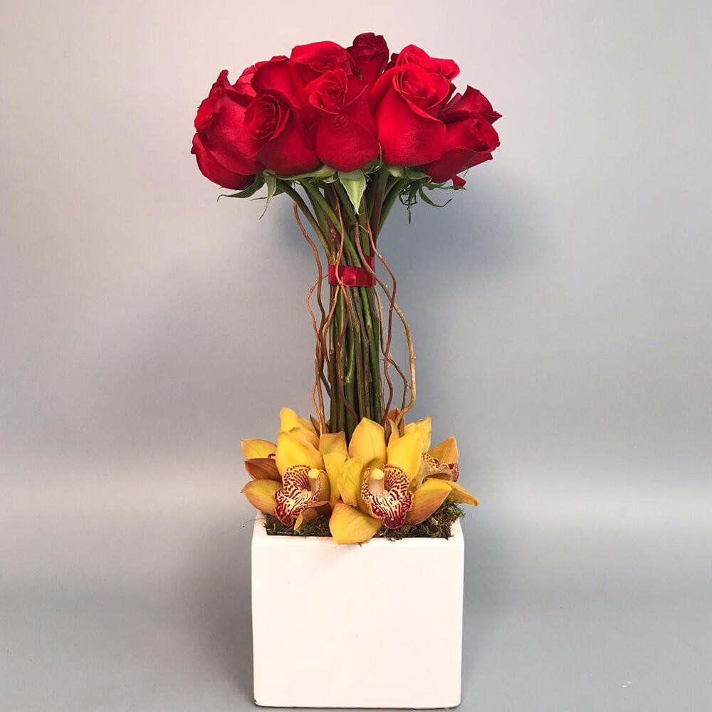 Springing red roses 1 arrangement