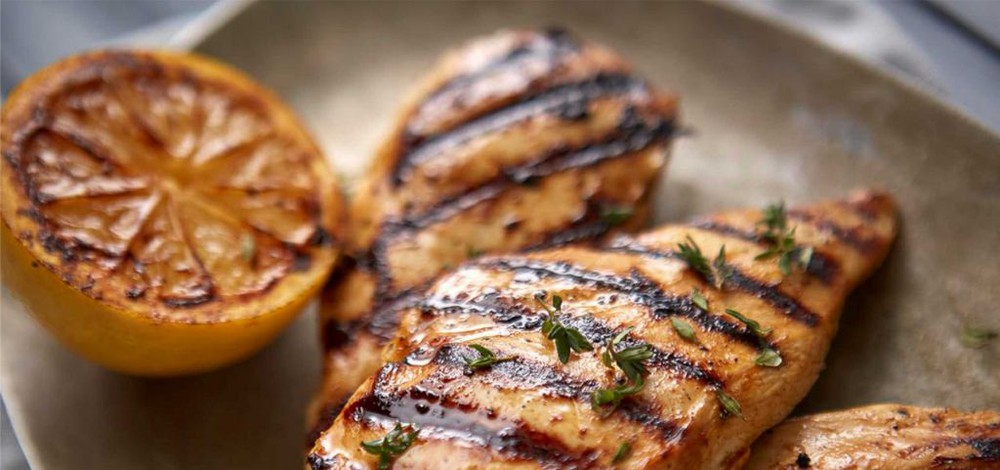 Iqf cooked chicken breast ode to athens 5oz (13774)