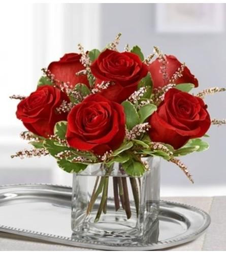 "Rose romance 7.5""H x 5.5""L"