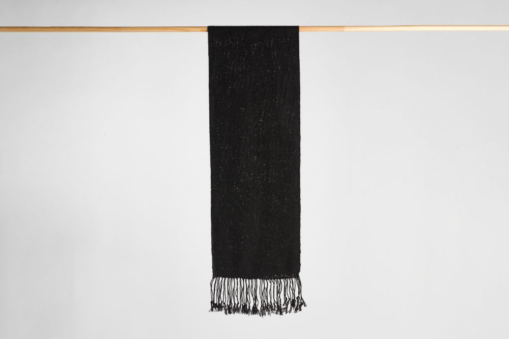 Bufanda de alpaca negra