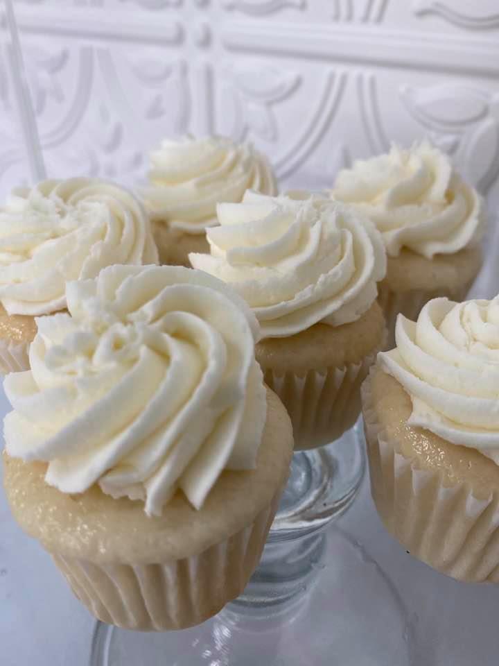 Honey vanilla mini cupcakes 1 dozen