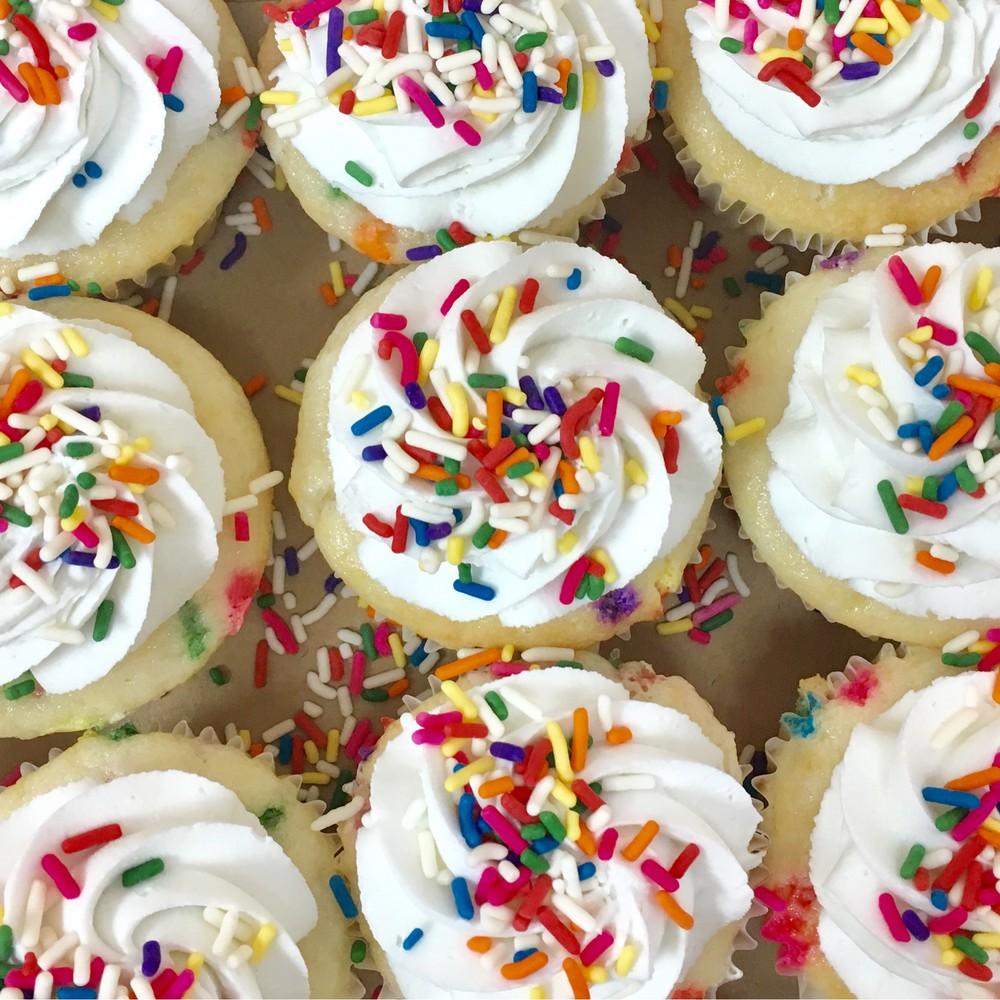 Funfetti mini cupcakes 1 dozen