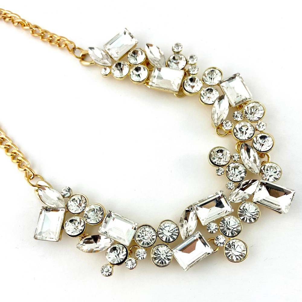 Elegant mixed shape crystal necklace, clear stones