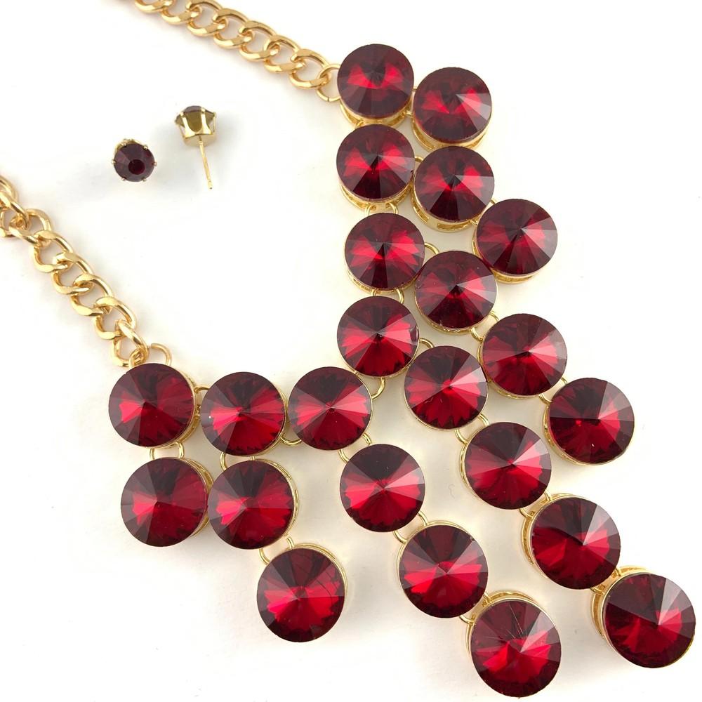 Elegant crystal necklace, burgundy