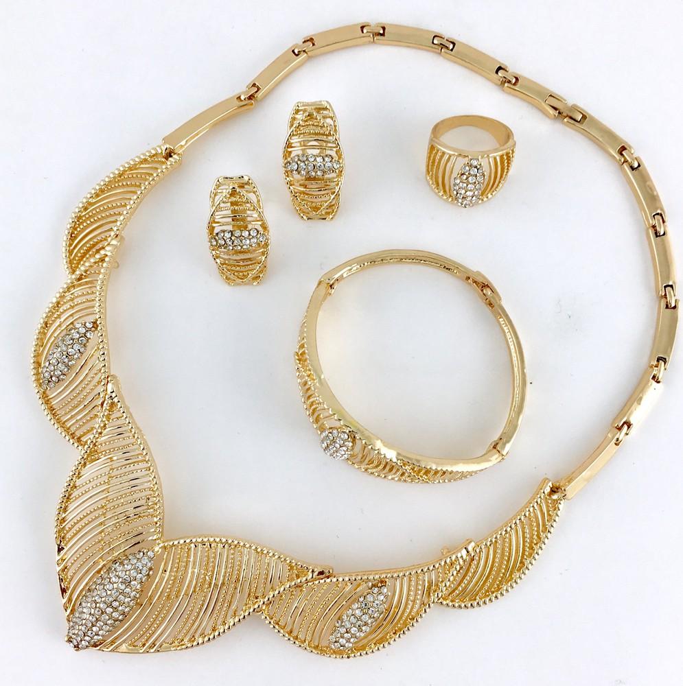 Elegant style shiny gold plated necklace set