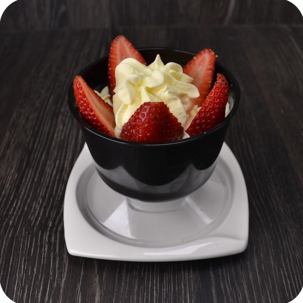Fresas con crema Copa 8 onzas