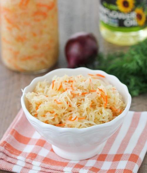 Russian style sauerkraut