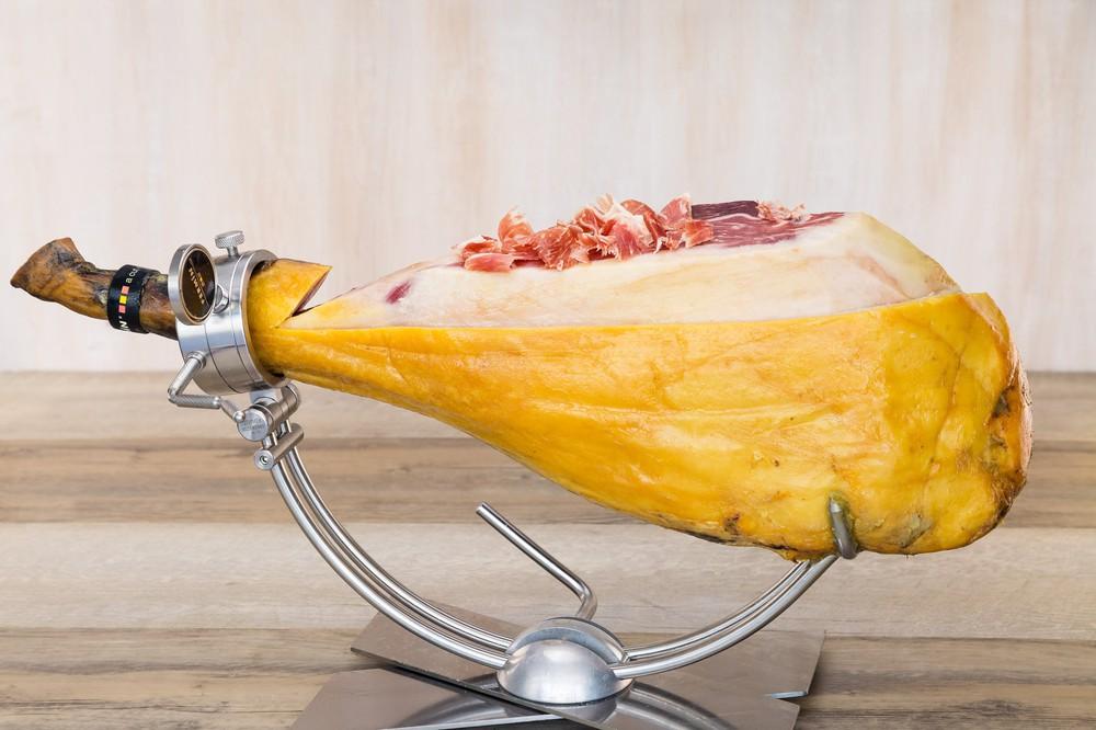 Acorn fed (bellota) 100% iberico breed pork ham 1 CT