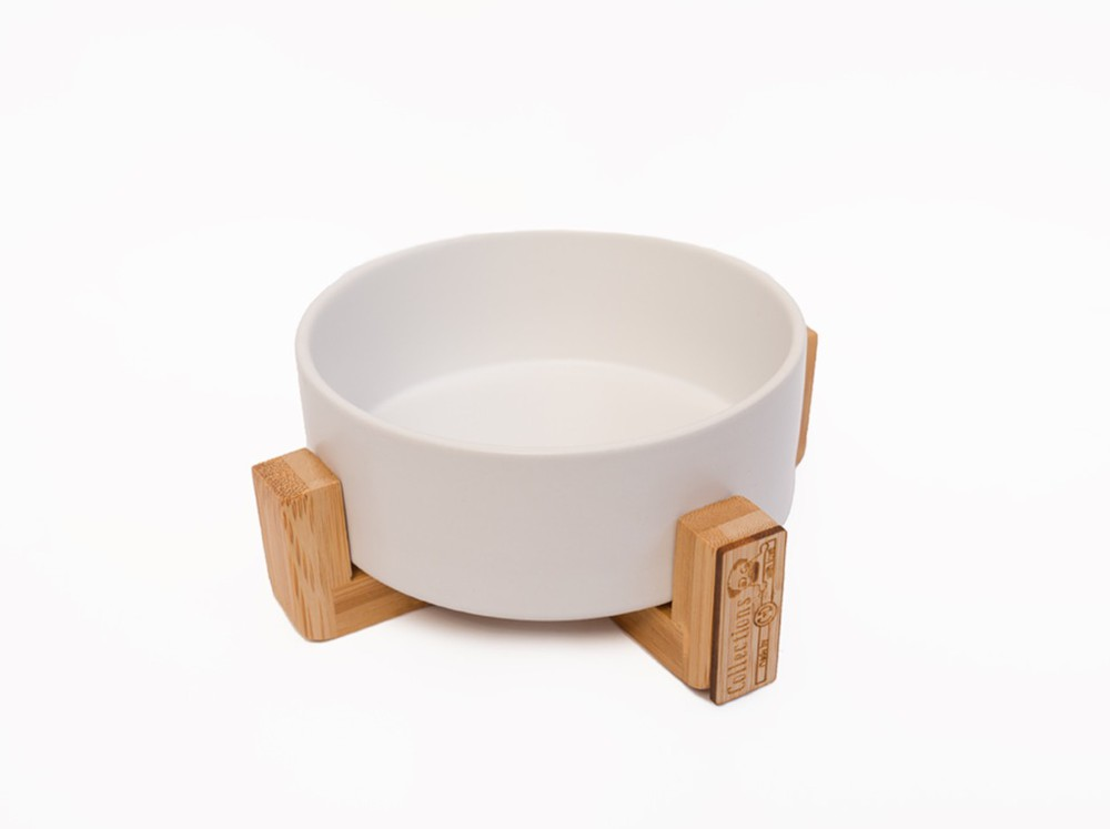 Plato cerámico con soporte blanco L Talla L: 16 cm de diámetro x 7 cm de alto