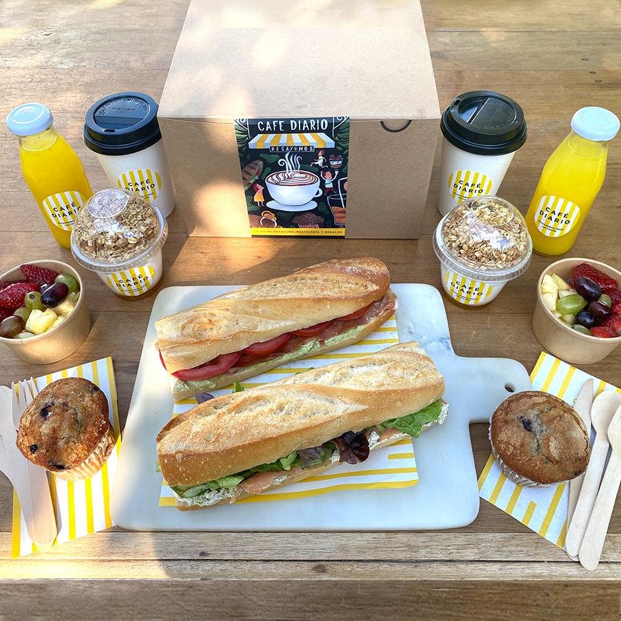 Caja desayuno baguette ( para 2 personas) unidad