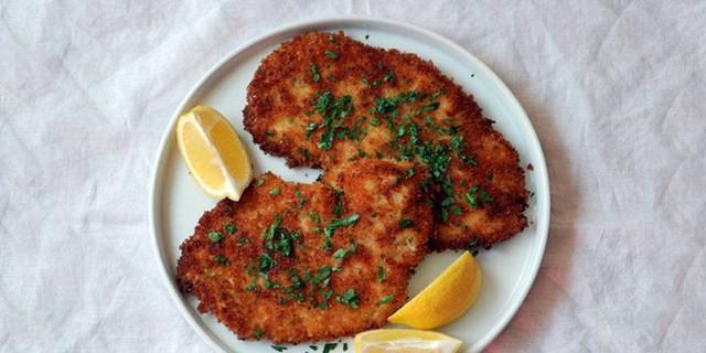 Breaded Chicken Schnitzel