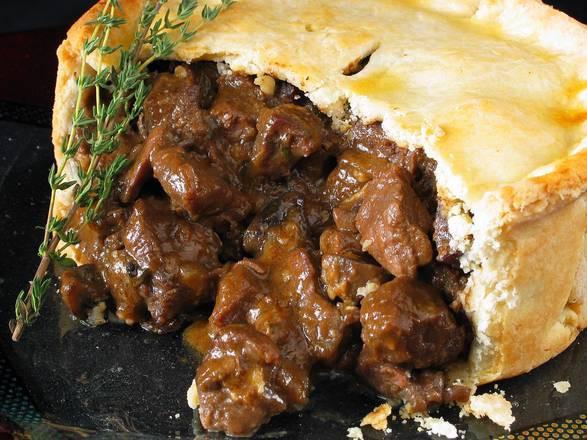 Pre-Baked Beef Meat Pies (2 per package)