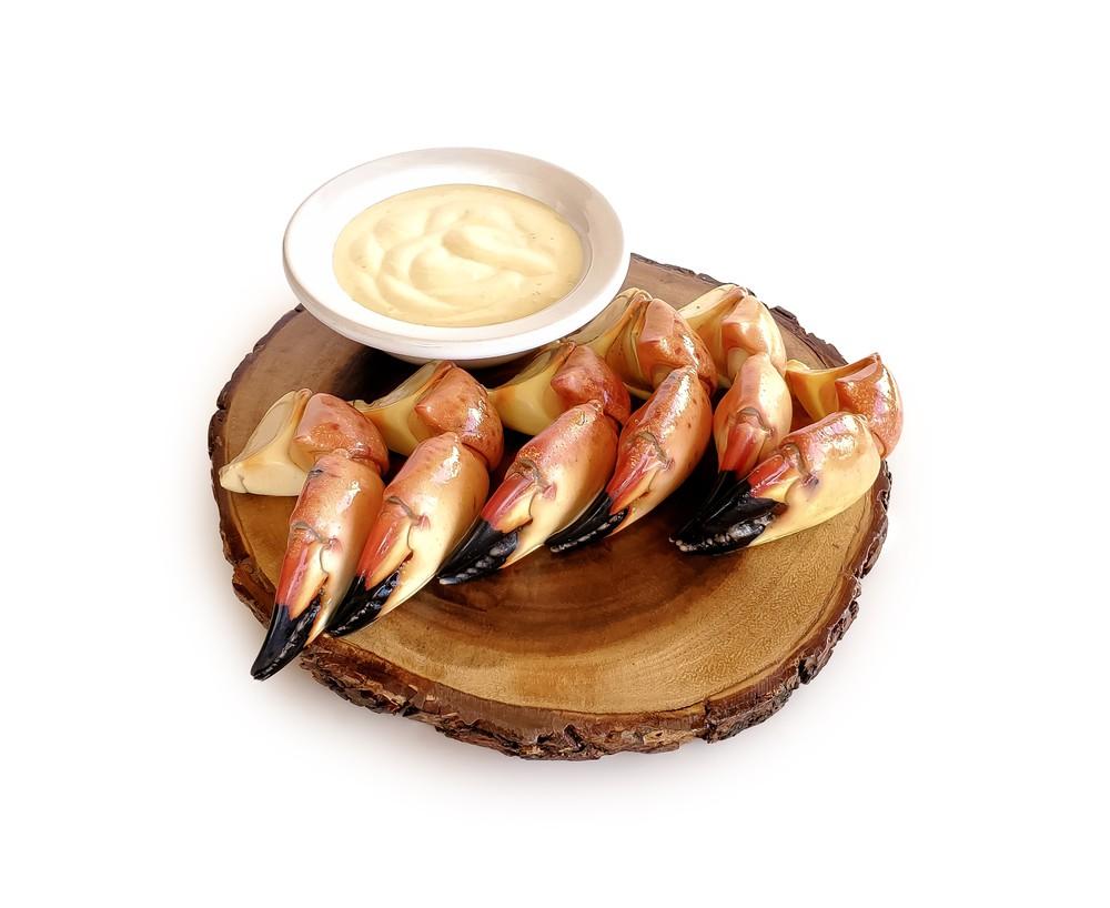 Stone Crabs- Medium- Uncracked 1 pound