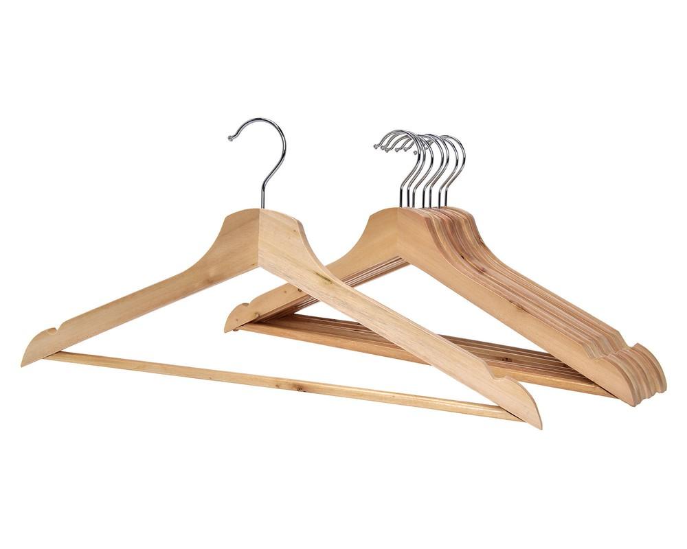 Set colgadores madera básico