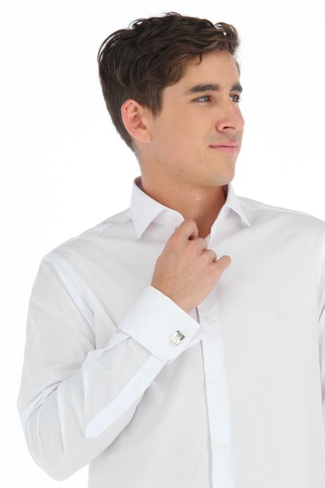 Camisa blanca lisa puño doble slim Talla 16.5, largo 33-34