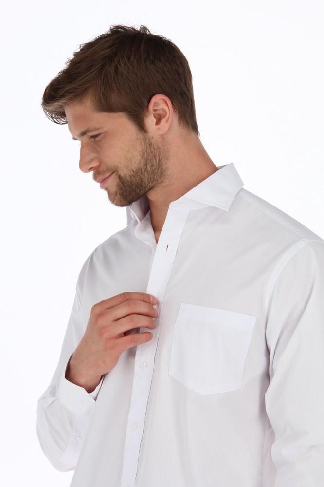 Camisa blanca lisa slim Talla 17, largo 33-34