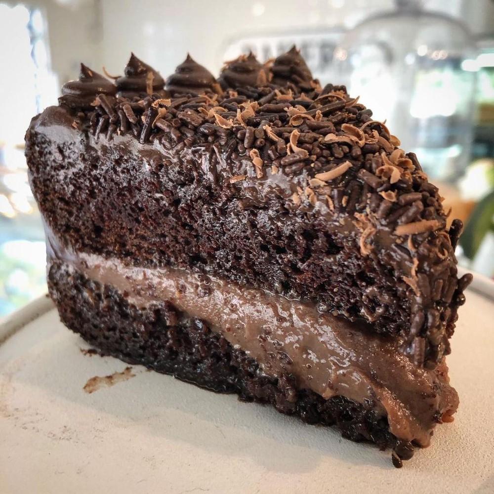 Trozo torta brigadeiro