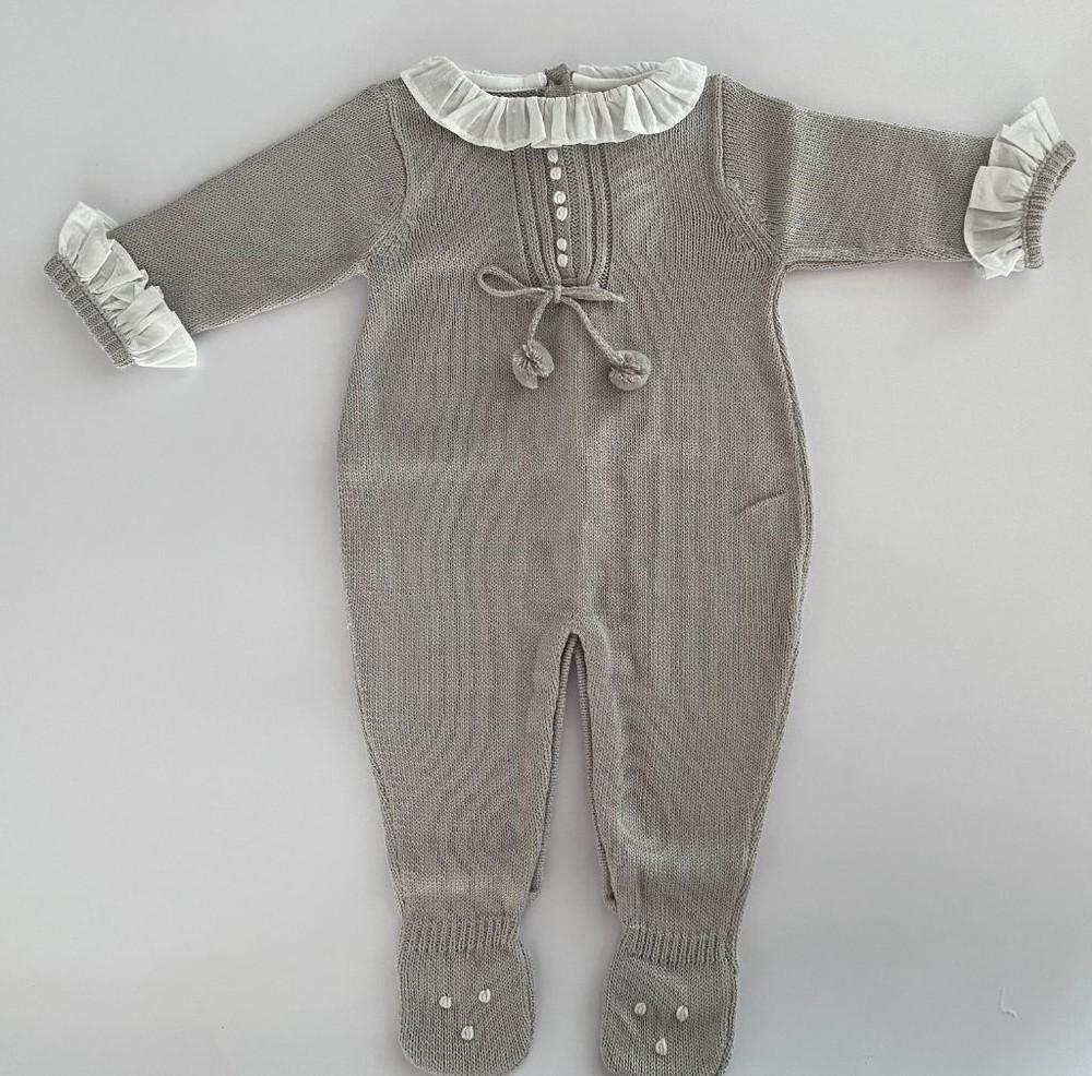 Enterito tejido gris Talla 9 meses